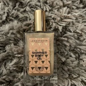 Anastasia shimmer body oil